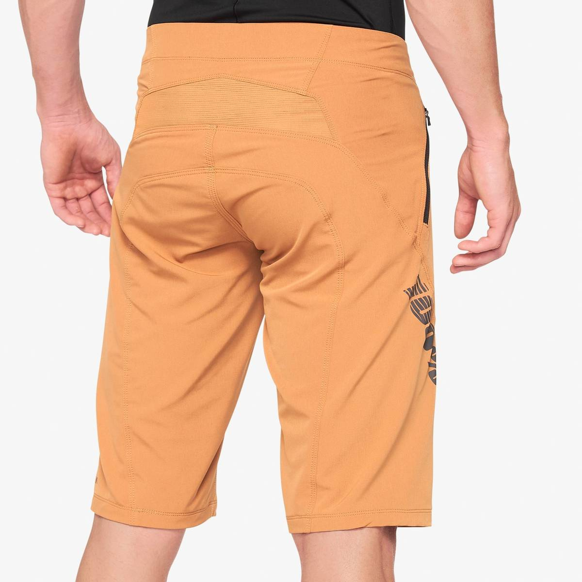 100% AIRMATIC Shorts Caramel